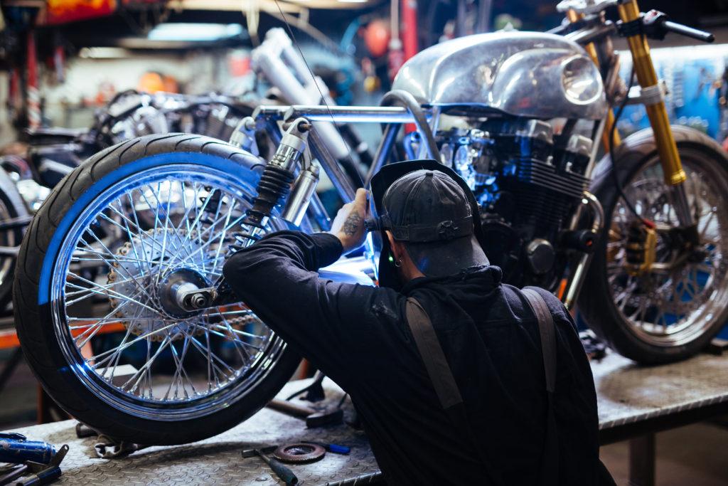 Kasa fiskalna online dla serwisu motocyklowego Sale System